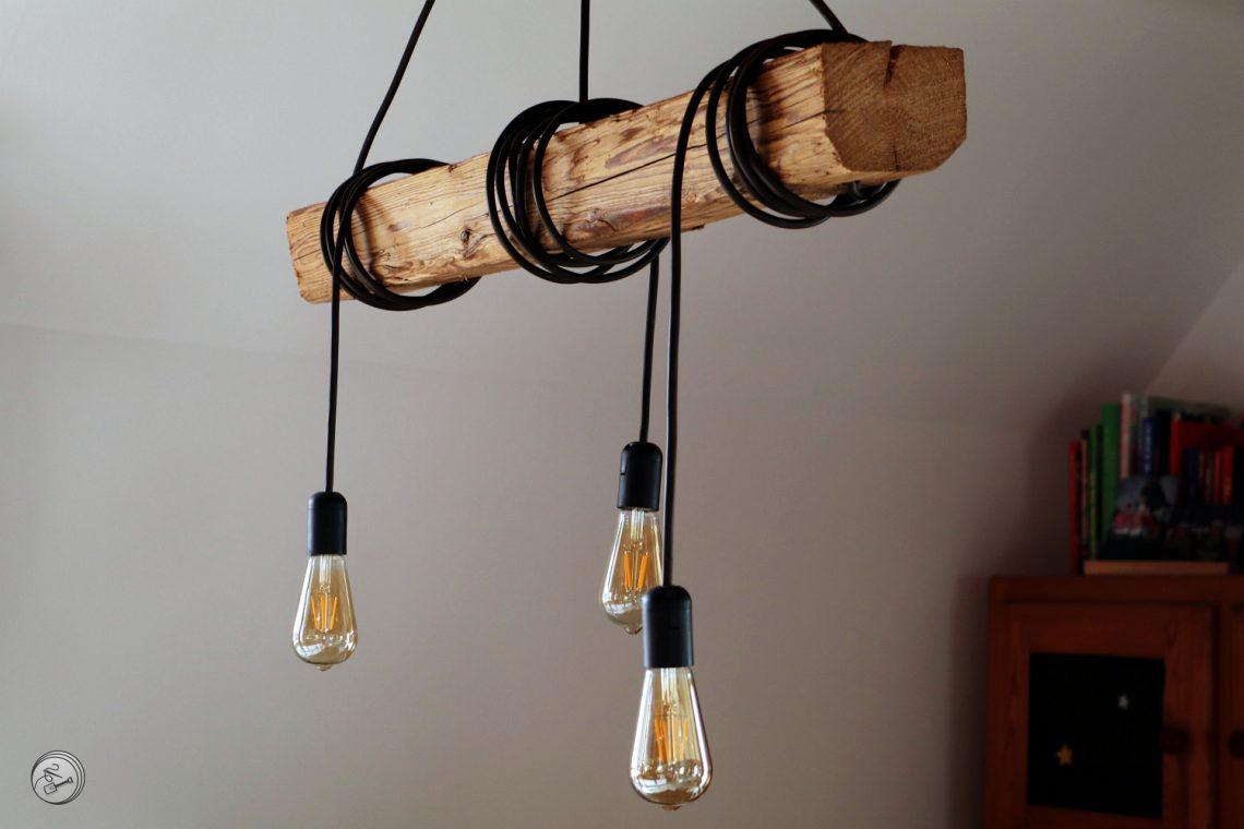 Holzbalken Lampe Für Den Esstisch Zwischen Nadel Und Spaten